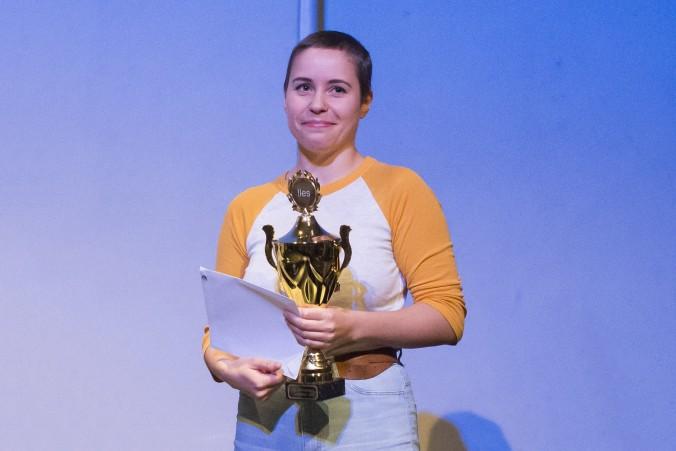 Norgesmester: Sofie Frost fra Oslo er kåret til ny norsk mester i poesislam. Foto: VIbeke Røgler/Foreningen !les